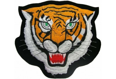 GIANT TIGER IRON ON EMBROIDERED PATCH (K1)